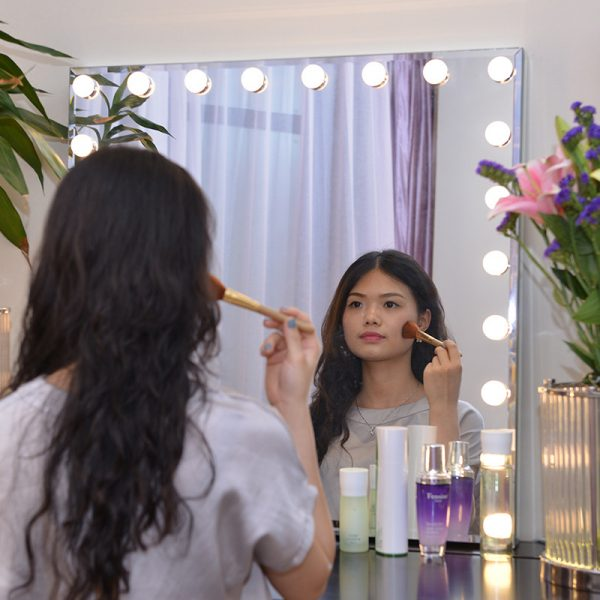 affordable vanity mirror with lights
