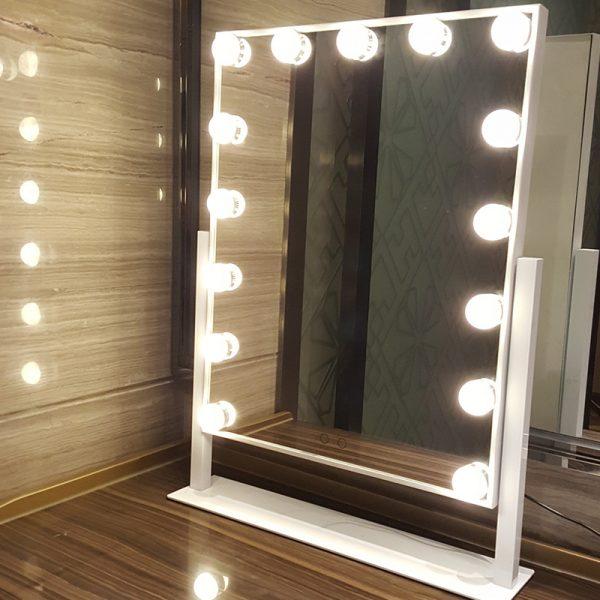 lighted makeup hollywood vanity